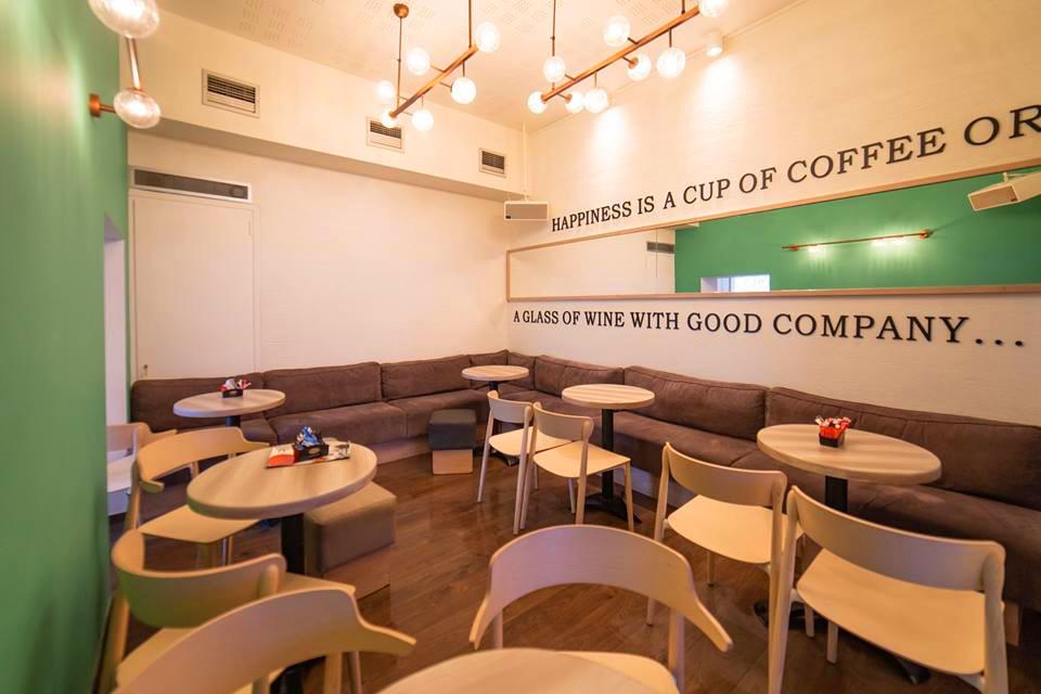 κρεμαστά φωτιστικά για καφέ